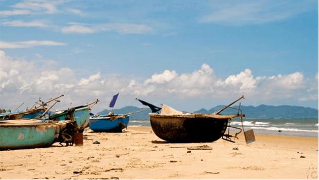 Một thoáng bình yên trên bãi biển Chí Linh