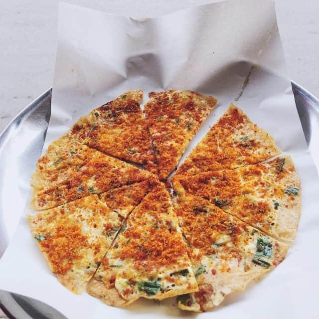 Bánh tráng nướng - đặc sản Đà Lạt