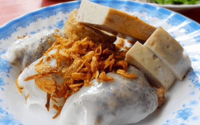 Chợ Thái Bình có nhiều món ăn vặt ngon (Ảnh ST)