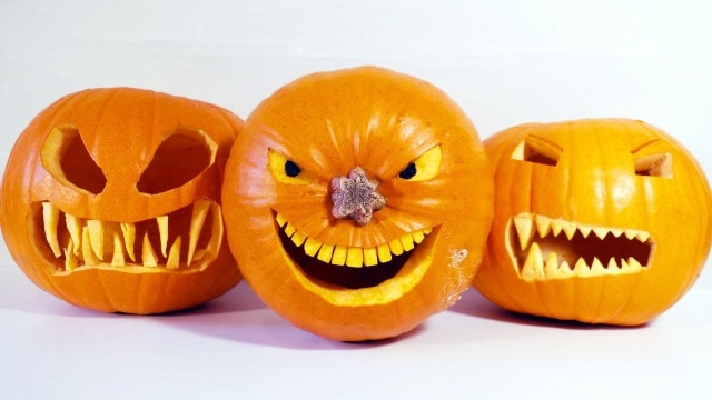 Quà hallowen là những quả bí ngô với nhiều trạng thái dành cho bạn gái
