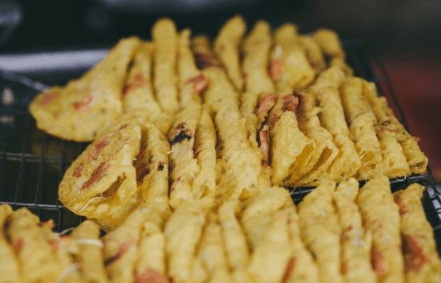 Món ăn ngon ở trong chợ Bà Hoa (Ảnh ST)