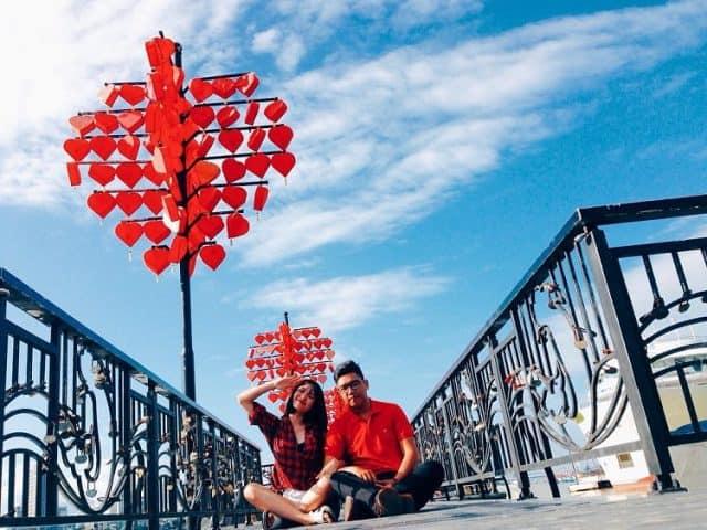 Cầu Tình Yêu Đà Nẵng địa điểm hẹn hò lý tưởng