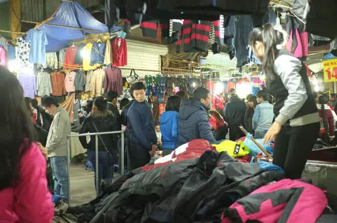 chợ đêm sinh viên Dịch Vọng Cầu Giấy