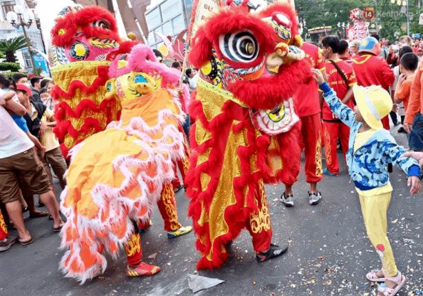 Có rất nhiều hoạt động vui chơi, giải trí tại lễ hội chùa Bà