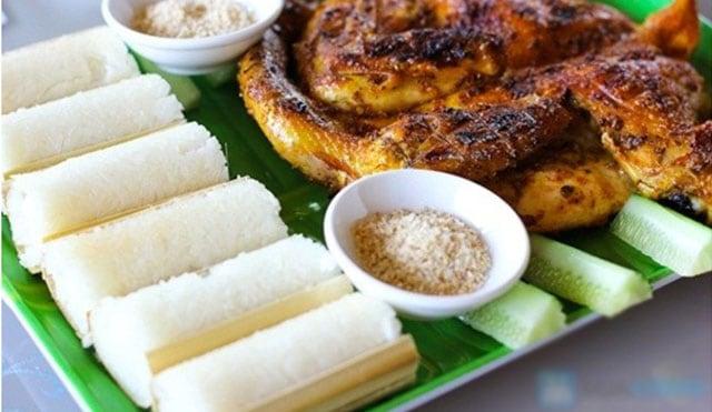 Cón Cơm Lam là 1 trong 9 món ăn đặc sản ở Hòa Bình