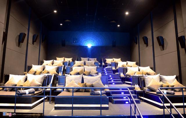 Rạp chiếu phim là địa điểm vui chơi lí tưởng cho các cặp đôi