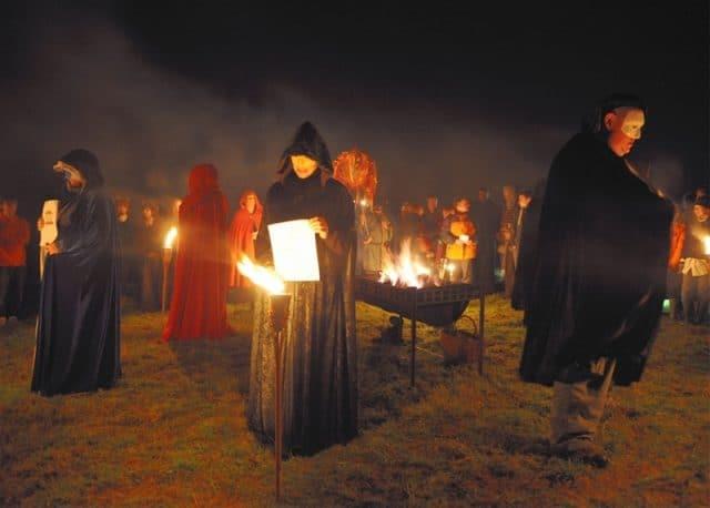 Nghi lễ xa xưa trong đêm Halloween