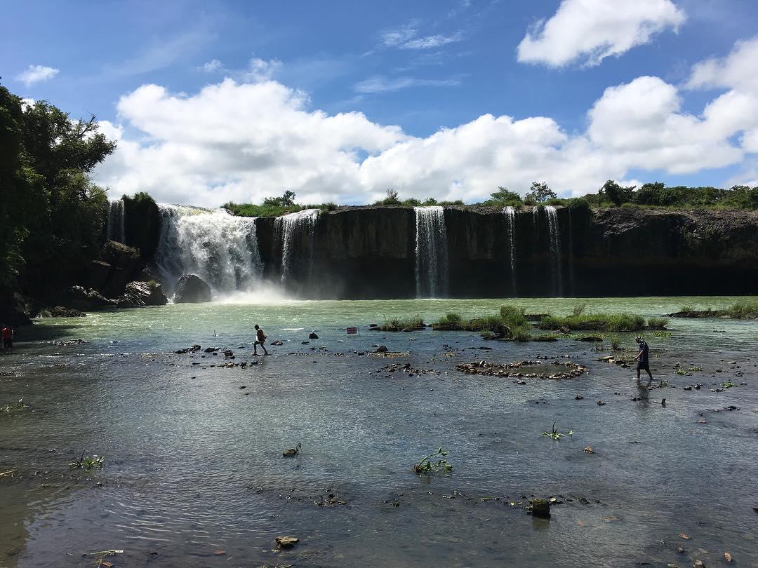 Mỗi thời điểm ở thác Dray Sáp đều có một vẻ đẹp riêng