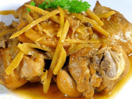 Gà om gừng - Món ăn được nhiều du khách lựa chọn