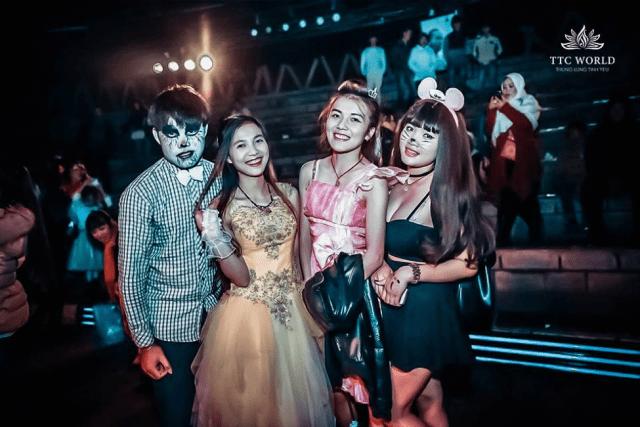 Halloween được tổ chức tại Đồi Mộng Mơ