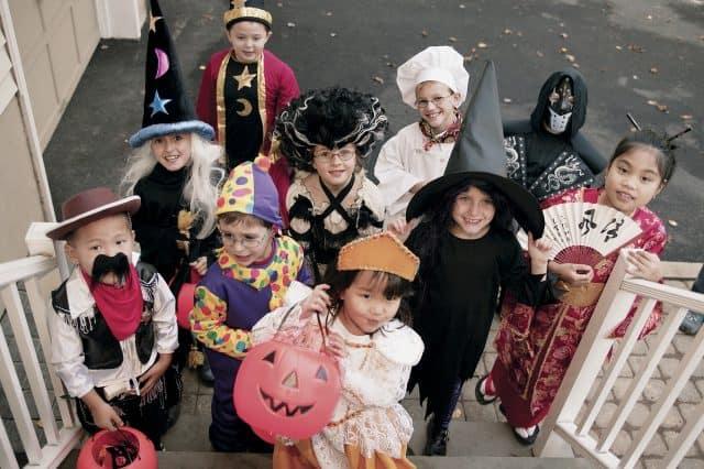 làm gì tối Halloween