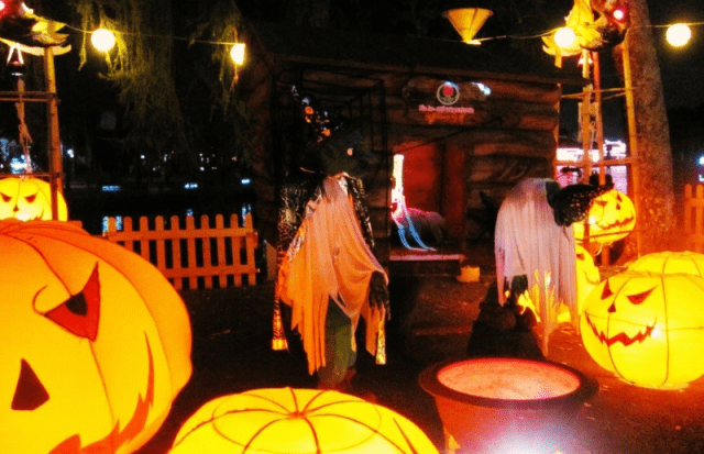 Các hoạt động đêm Halloween đầy thú vị