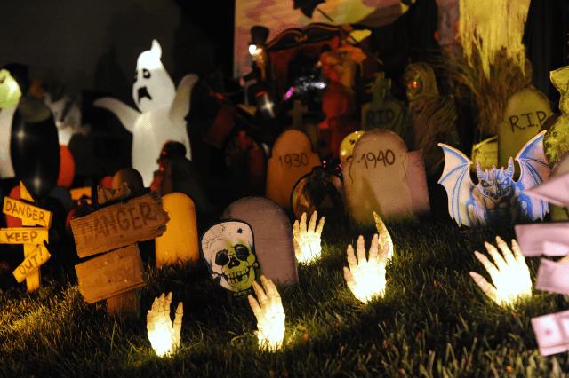 Trang trí cho đêm Halloween thêm phần ma quái
