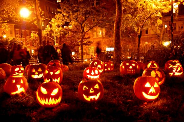 Những quả bí ngô hình quỷ không thể thiếu trong Halloween
