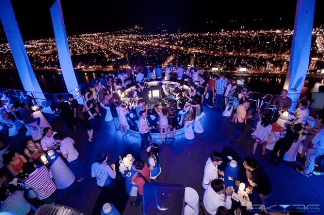 Ngắm toàn cảnh Đà Nẵng về đêm trên Sky 3