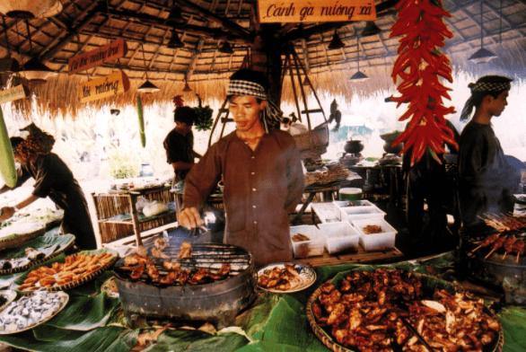 Hình ảnh tiệc buffet tổ chức tại khu du lịch Bình Quới 1