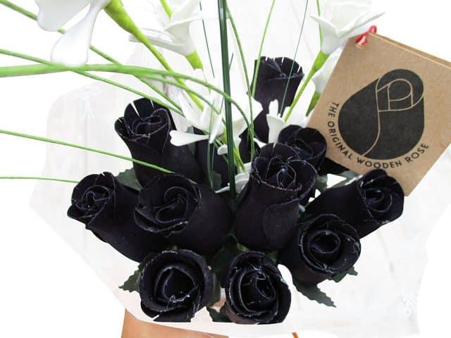 hoa hồng đen món quà tặng Halloween ý nghĩa dành cho bạn gái