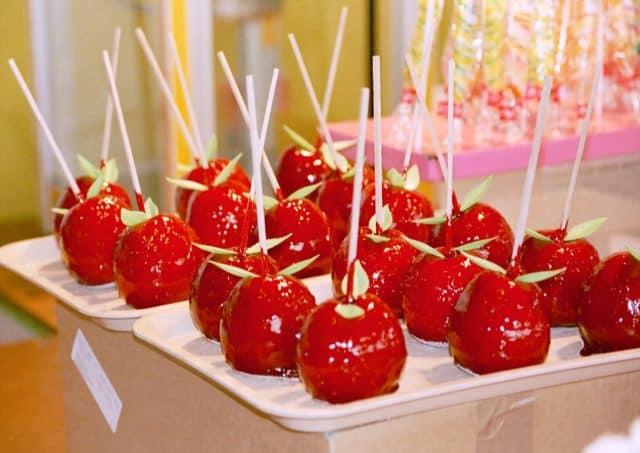 Kẹo táo cho ngày lễ Halloween