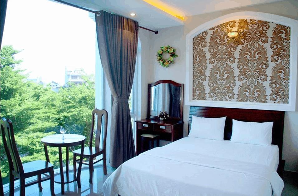 Không gian phòng nghỉ sạch đẹp tại Golden Sea Hotel
