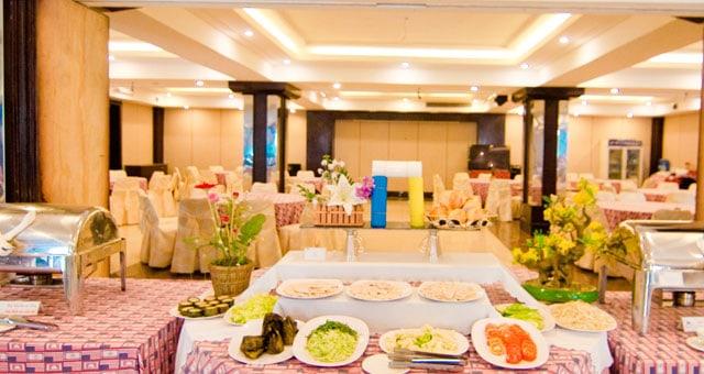 Nhà hàng xa hoa trong khách sạn Kiều Anh