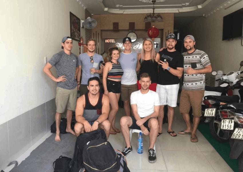Nhiều du khách nước ngoài chọn Huy Phát làm điểm nghỉ ngơi