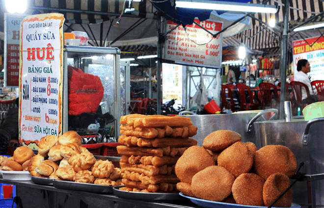 Những quầy hàng ăn tại phố đi bộ Đà Lạt