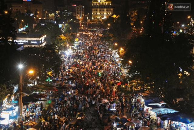 Toàn cảnh phố đi bộ Đà Lạt về đêm