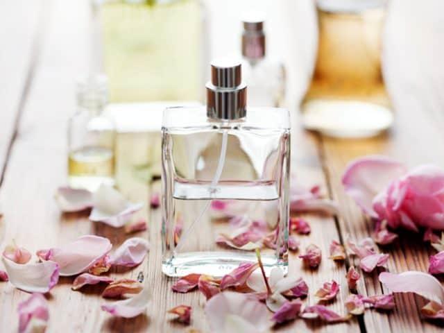 Quà tặng 20/10 ý nghĩa là những mùi hương nước hoa quyến rũ