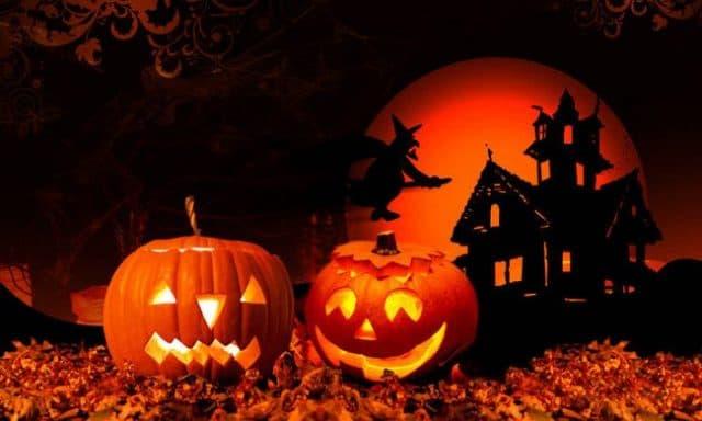 Quà tặng Halloween nến bí ngô