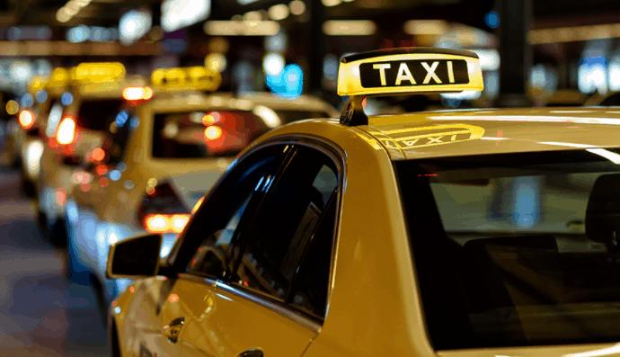 Đi taxi khám phá mảnh đất Mỹ Tho