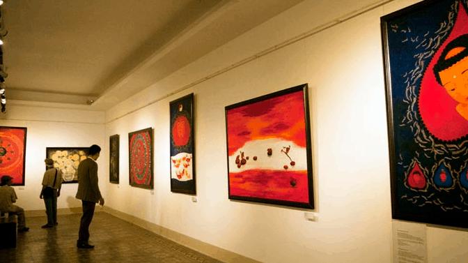 Thưởng thức những bức tranh có tính nghệ thuật cao tại bảo tàng