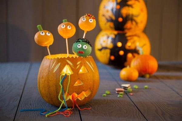 Những đồ vật trang trí tiêu biểu vào Halloween