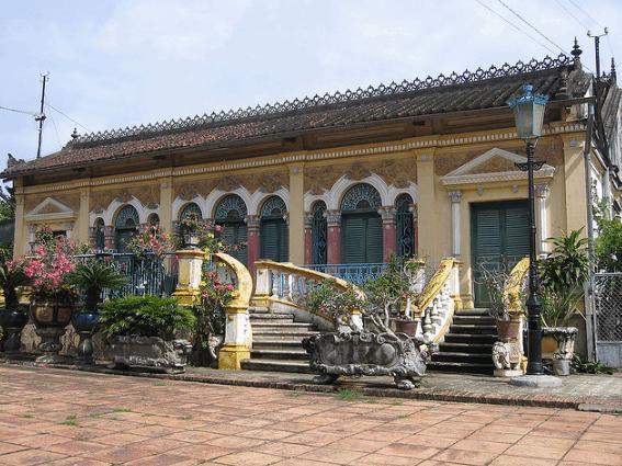 Vẻ đẹp của nhà cổ Bình Thủy (Ảnh ST)