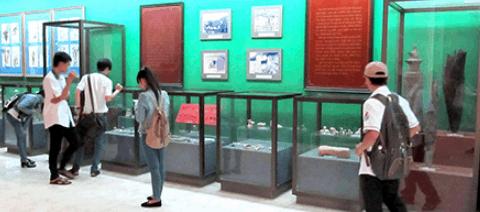 Các hiện vật trong bảo tàng Cần Thơ (Ảnh ST)