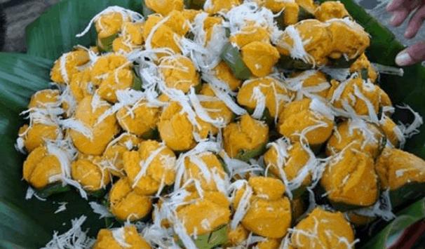Đồ ăn vặt ở chợ Campuchia (Ảnh ST)