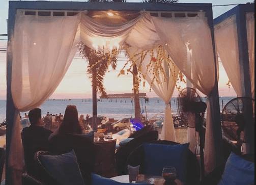 Gazebo Beach Front Lounge có thiết kế rất bắt mắt