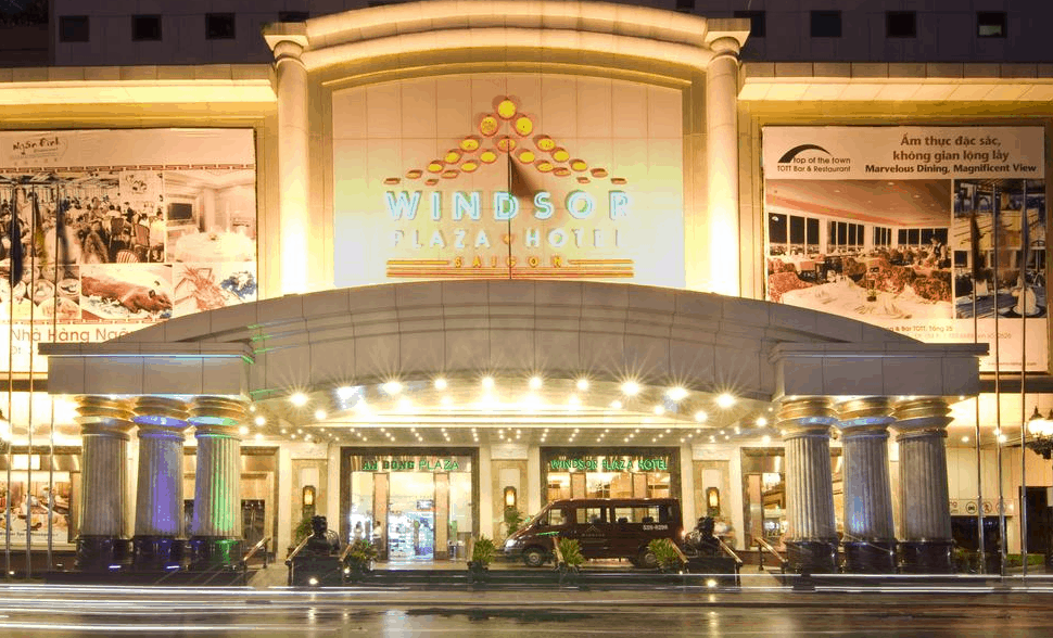 Khách sạn Windsor Plaza Hotel