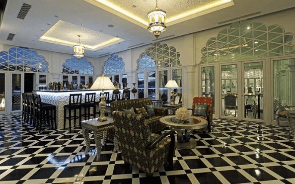 TajmaSago resort thiết kế giống như một lâu đài