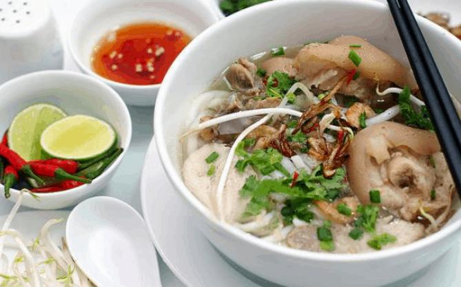 Bánh canh giò heo (Ảnh ST)