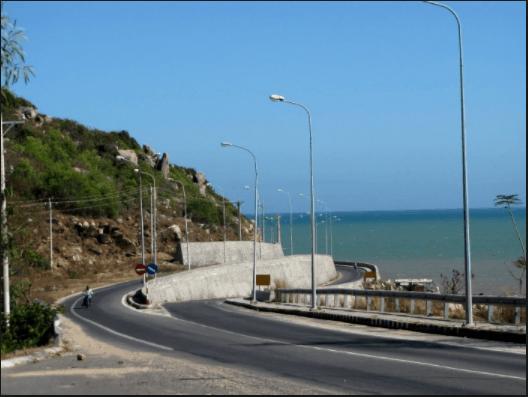 Cung đường đèo đến biển Long Hải