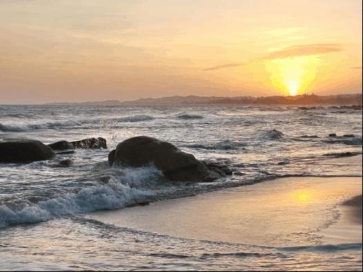 Ngắm bình minh trên biển Long Hải là khoảnh khắc đẹp nhất