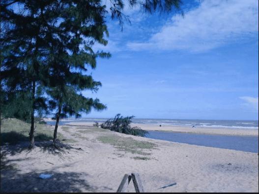 Biển Suối Ồ hoang sơ mà đẹp