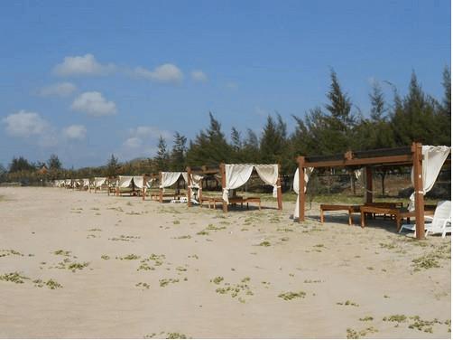 Khung cảnh resort ở biển Hồ Cốc
