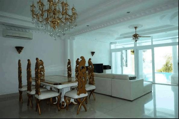 Nội thất trong biệt thự được lựa chọn theo phong cách sang trọng