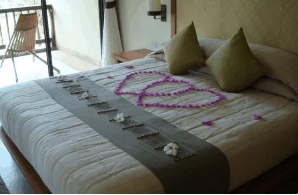 Phòng ngủ được thiết kế và trang trí theo phong cách hiện đại