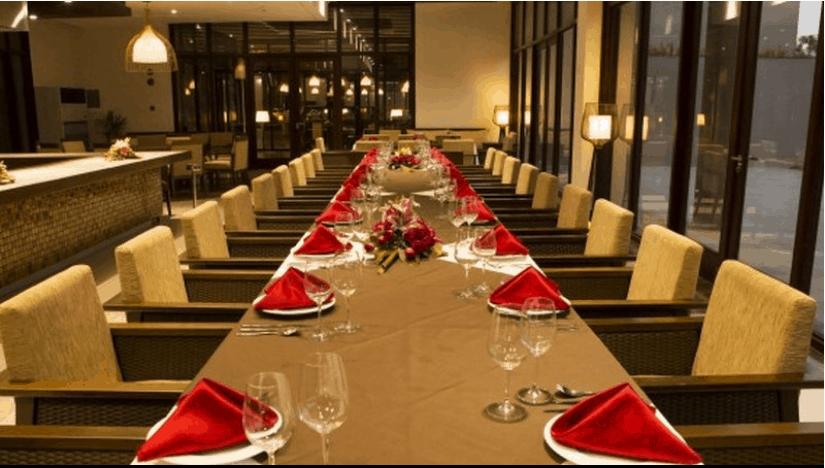 Nhà hàng sang trọng và hiện đại
