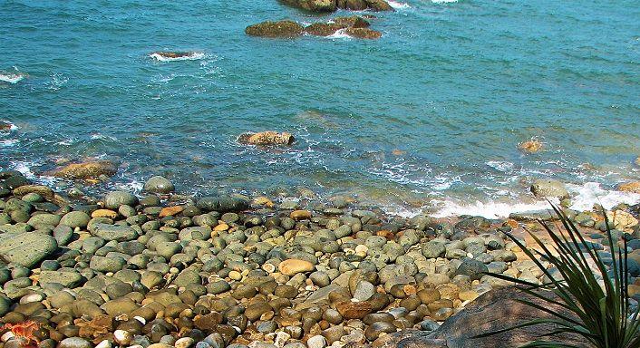Vẻ thơ mộng trên mặt biển bãi tắm Hoàng Hậu. (Ảnh ST)