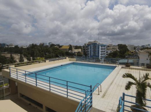 Bể bơi ngoài trời tại khách sạn Vũng Tàu P&T