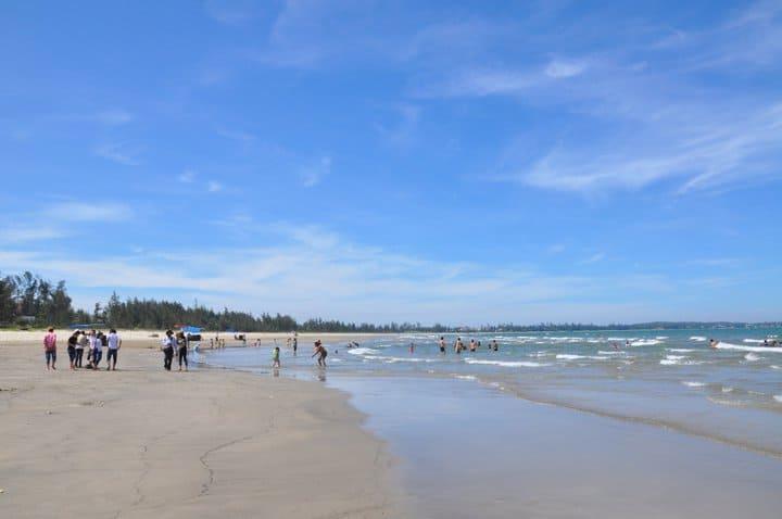 Một nét đẹp nhỏ của bãi biển Khe Hai. (Ảnh ST)