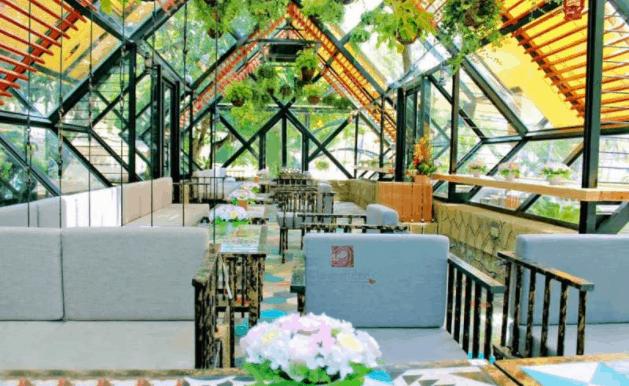 Các bạn sẽ phải ngạc nhiên khi tới La Vie En Rose Coffee